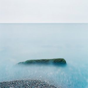 Shoreline of still water in lake Ontario