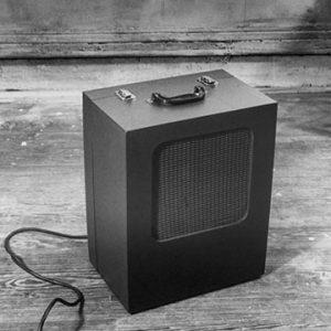 Speaker with handle